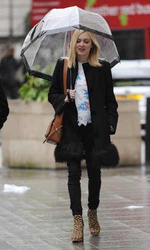 Fearne Cotton arrives at BBC Radio 1 - 26 March 2015.