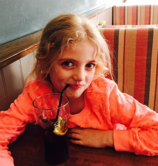 Katie Price at lunch with daughter Princess, 24 March 2015
