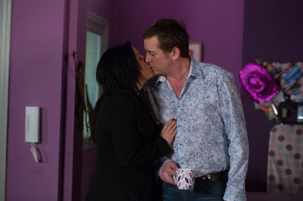 EastEnders, Kat kisses Alfie, Fri 3 Apr