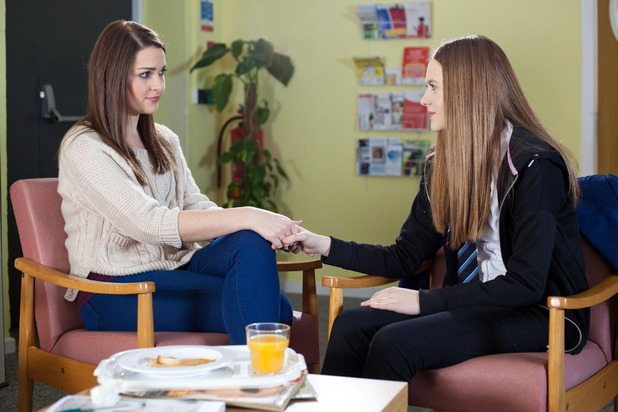 Hollyoaks, Nico visits Sienna, Wed 1 Apr