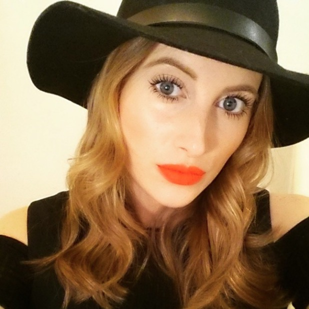 Rosie Fortescue shows off red lipstick, 19 March 2015