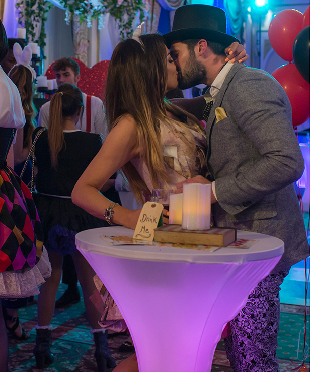 The Only Way is Essex' cast filming, Britain - 01 Apr 2015 Dan and Jess kiss