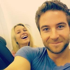 Stephanie Pratt and Josh Shepherd take plane selfie on Bahama holiday, Instagram 10 April