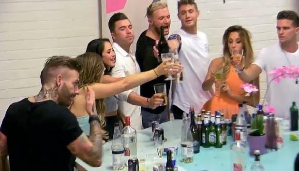 Geordie Shore Series 10, Episode 1, MTV 7 April