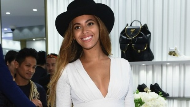 Beyonce Knowles attends the Giuseppe Zanotti Beverly Hills Store Opening on April 14, 2015 in Beverly Hills, California.