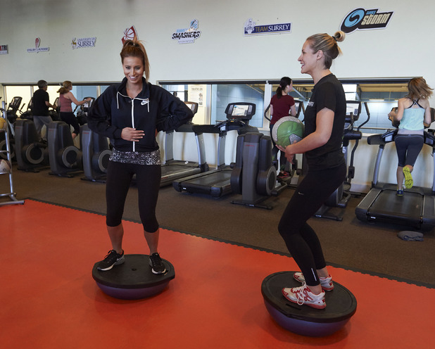 Ferne McCann trains with Surrey Storm netball team, Sky Sports 14 April