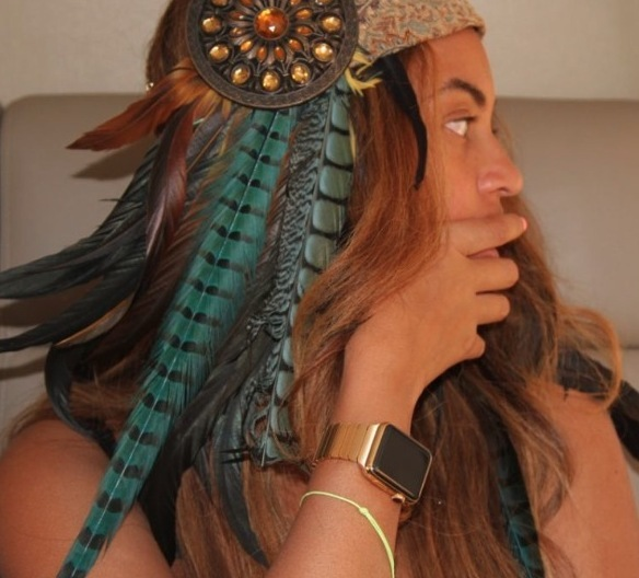 Beyonce wears exclusive new apple watch 21 april