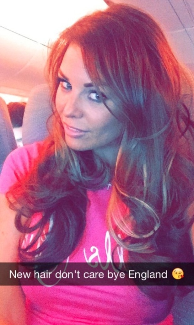 Jess Wright debut's new hair 23 april