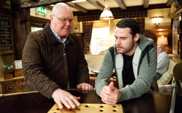 Emmerdale, Paddy convinces Aaron to stay, Tue 28 Apr