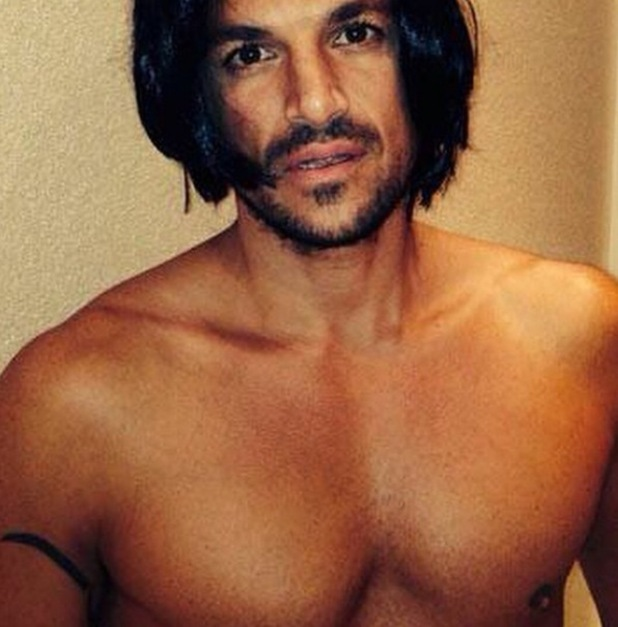 Peter Andre shares an photo with longer hair on Instagram 22nd April 2015