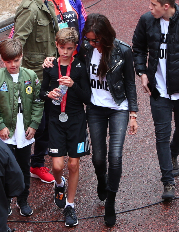 The Backham family support Romeo as he competes in the junior run at the Virgin Money London Marathon 2015, 26 April 2015