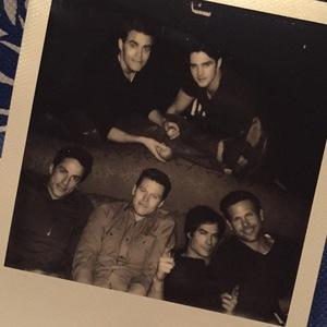 Nina Dobrev last day on The Vampire Diaries, Instagram 25 April