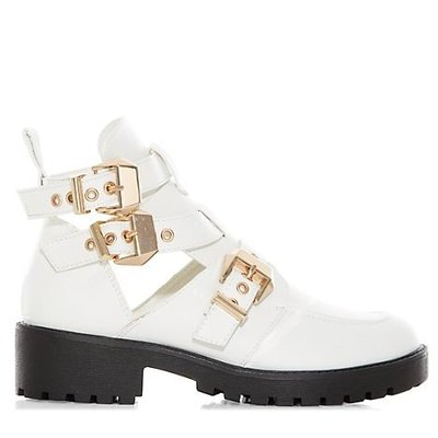 white boots new look £29.99