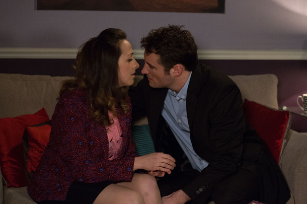 EastEnders, Sonia and Martin kiss, Tue 5 May