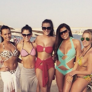 Brooke Vincent with Jessica Wright and friends on Michelle Keegan's hen do, Dubai 5 May