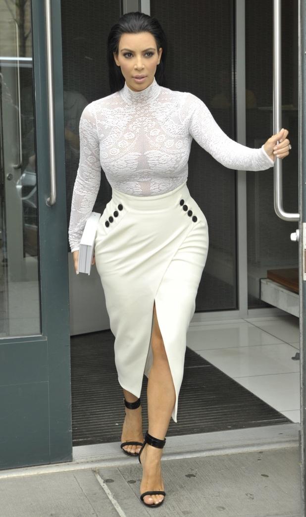 Kim Kardashian leaving for her book signing - 05/05/2015.