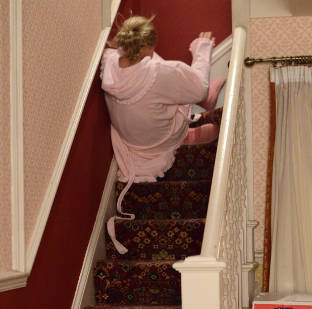 EastEnders, Linda falls down the stairs, Mon 11 May
