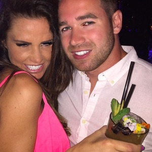 Katie Price enjoys night out on holiday with husband Kieran Hayler, 22 May 2015