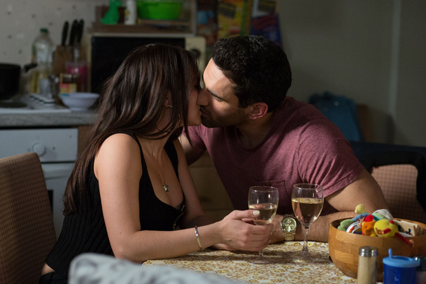 EastEnders, Stacey and Kush kiss, Thu 21 May