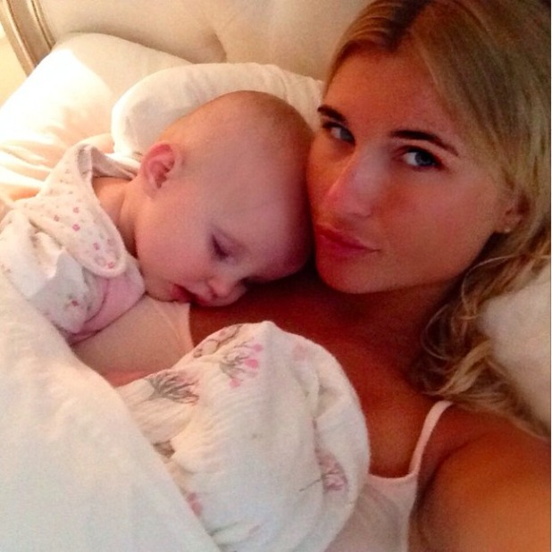 Billie Faiers and Nelly enjoy bedtime snuggles, 24 May 2015