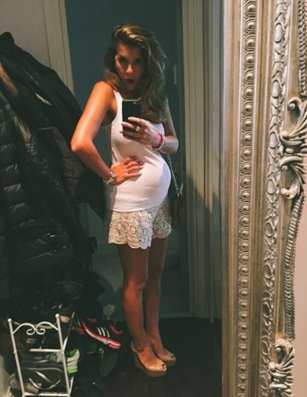 Imogen Thomas shows off baby bump, Instagram 11 June