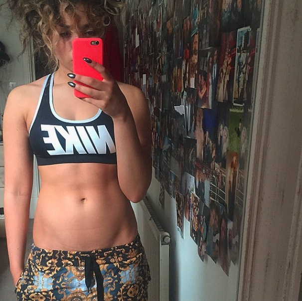 Ela Eyre posts picture of her in gym kit to Instagram 8th June 2015