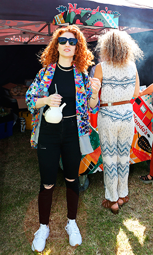 Jess Glynne about to have a spicy PERi-PERi delivery backstage at Wild Life festival today. 6 Jun 2015
