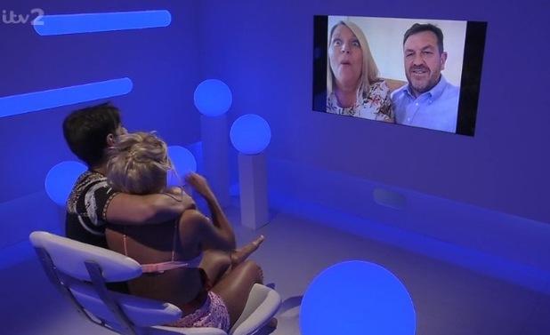 Hannah Elizabeth and Jon Clark video call his parents, Love Island 18 June