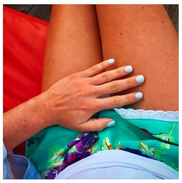 Louise Thompson uploads picture of manicure to Instagram 17th June 2015