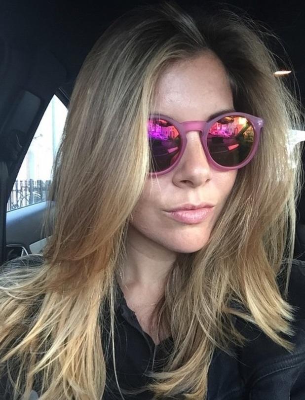 Imogen Thomas dyes hair blonde, 17 June 2015