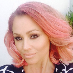Kimberley Walsh dyes her hair pink, June 2015