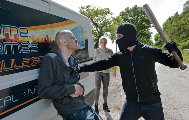Emmerdale, Ross hijacks Jimmy's van, Mon 13 Jul