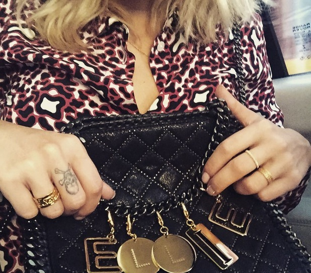 Ellie Goulding shows off her Stella McCartney bag on Instagram 9th July 2015