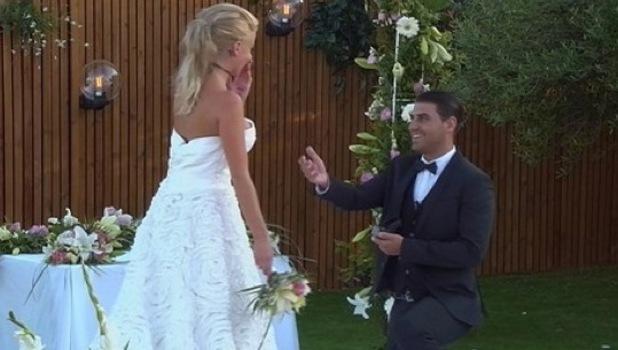 Jonathan Clark proposes to Hannah Elizabeth, Love Island 15 July