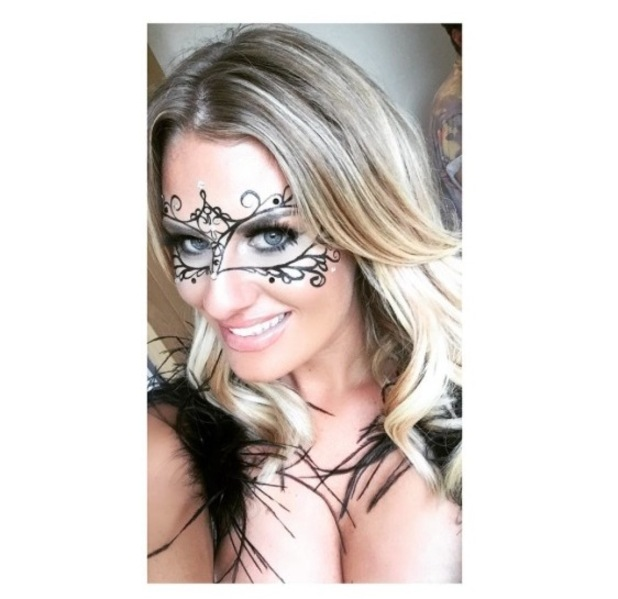 TOWIE's Danielle Armstrong takes selfie of carnival themed make-up, 20th July 2015