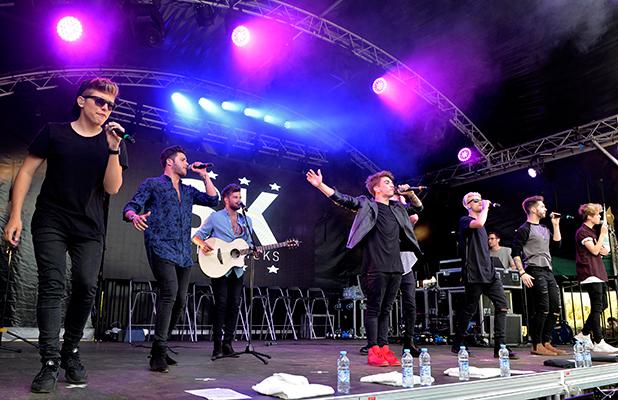Stereo Kicks perform at ISLAND BEATS at Thorpe Park.