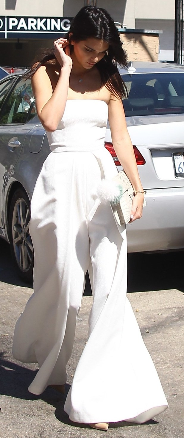 Kendall Jenner out and about in L.A with family, 27th July 2015
