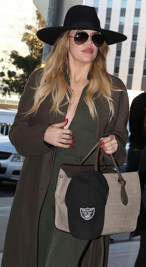 Khloe Kardashian at Sydney Airport, 3rd August 2015