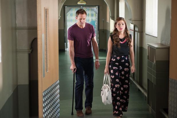 Hollyoaks, Maxine helps Patrick, Thu 6 Aug