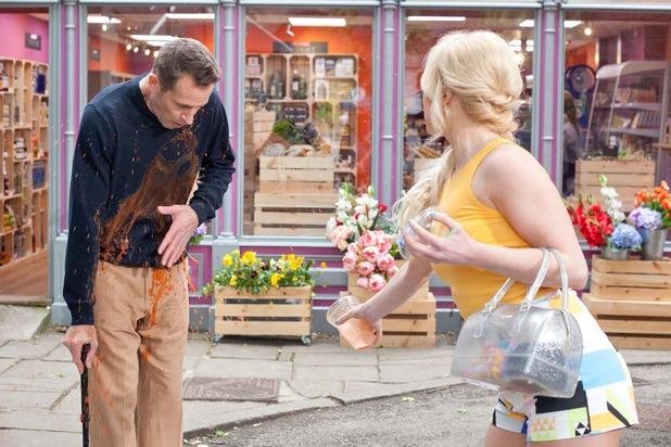 Hollyoaks, Theresa throws her smoothie over Patrick, Fri 7 Aug