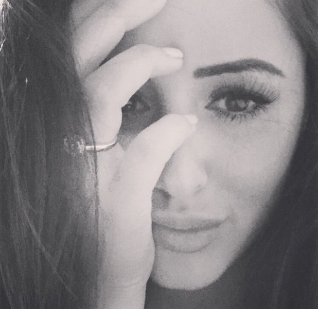 Marnie Simpson shows off engagement ring 5 August