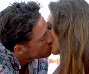Stephen Bear kisses Megan McKenna, Ex On The Beach, Episode 1 11 August