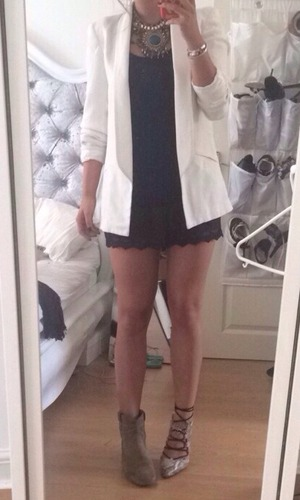 Brooke Vincent Blog: Outfit for Hair Masterclass 10 August