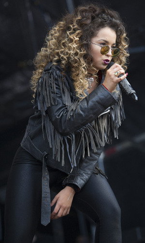 Ella Eyre at Kendal Calling festival 2015 - Day 3 - Performances. 2 August 2015.