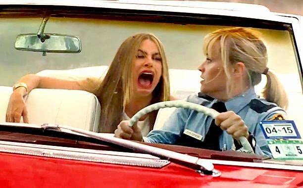 Hot Pursuit movie still starring Reese Witherspoon and Sofia Vergara