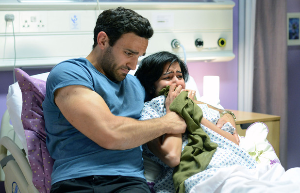 EastEnders, Shabnam gives birth to her dead baby, Mon 31 Aug