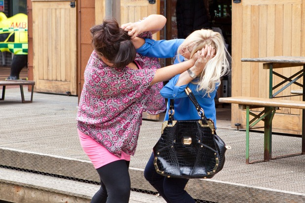 Hollyoaks, Tegan and Diane fight, Fri 28 Aug