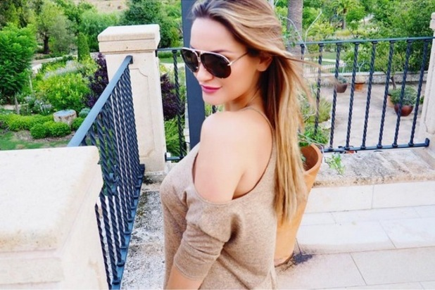 Samantha Faiers poses in mirrored aviator shades, 24th August 2015