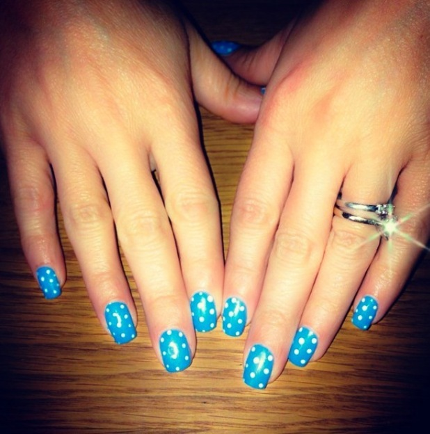 Kirsty Morgan Beauty, blue polkadot manicure 25th August 2015