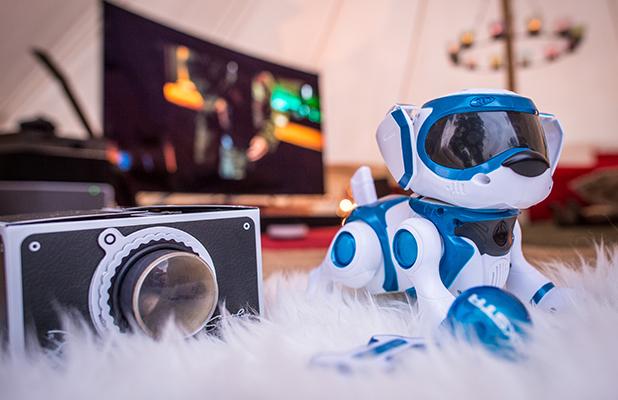 Virgin Media Supercharged Yurt Teksta Robotic Dog
